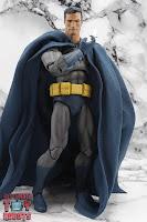 MAFEX Batman (Batman: Hush) 28