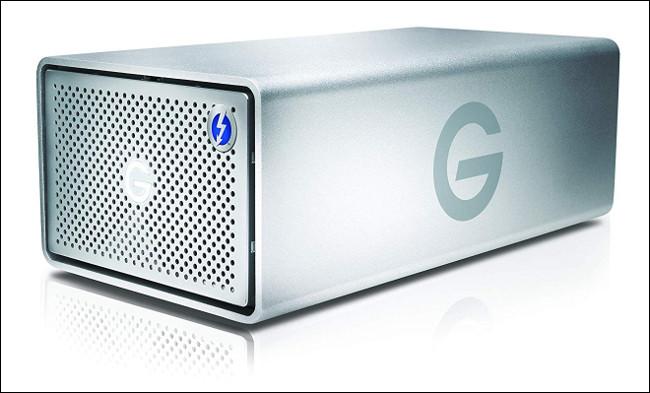 حاوية G-RAID من G-Tech.