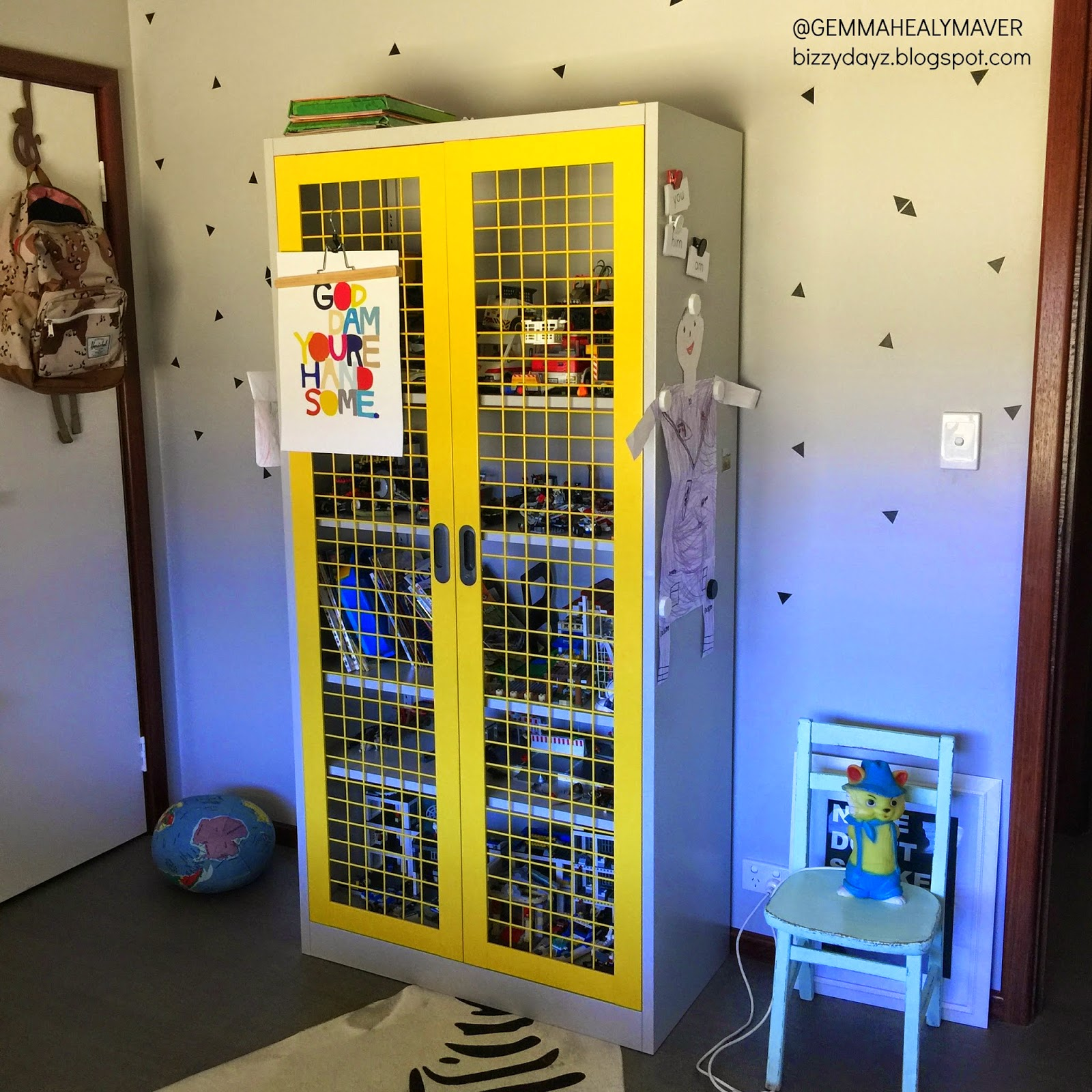 My Little Pony Metal Toy Storage Unit Box Organiser Kids: As You Can See, It Doesn't Always Work But It Generally
