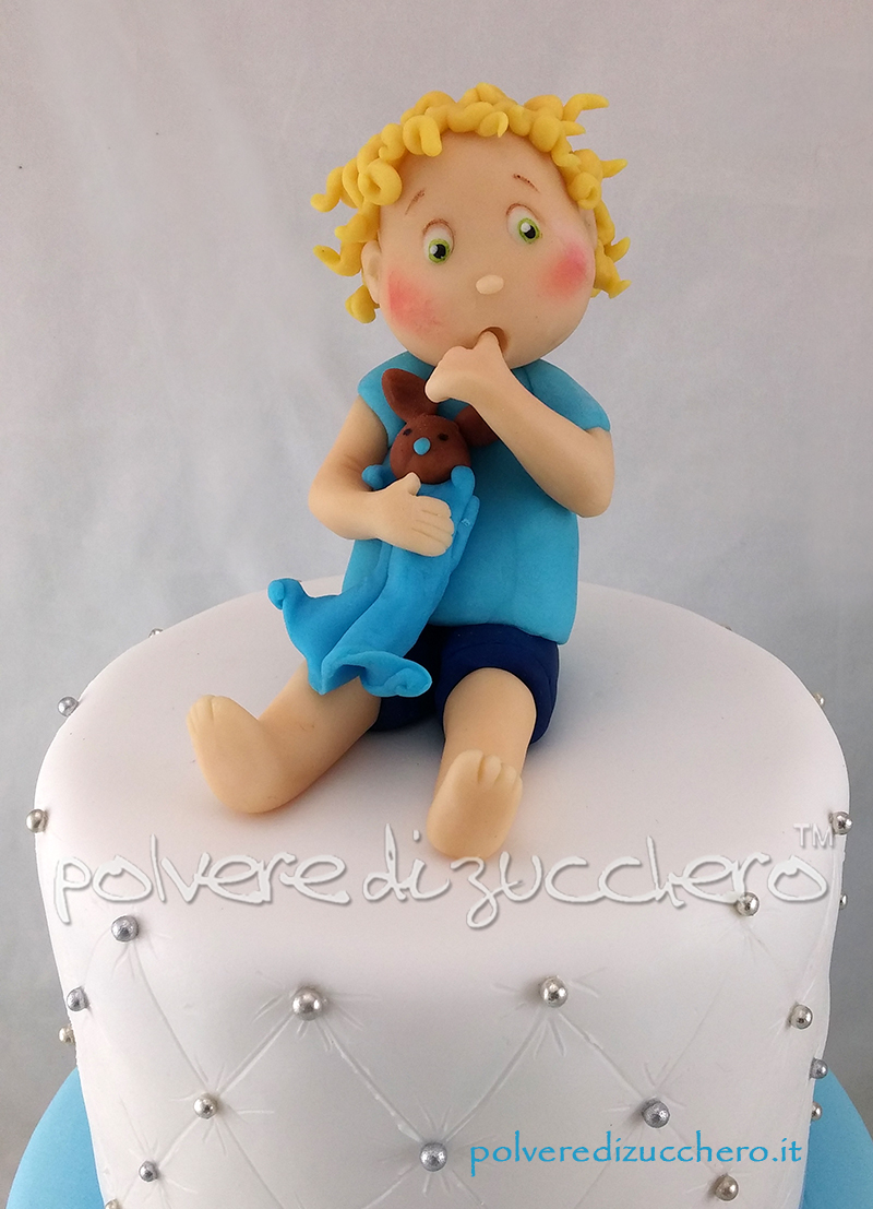 torta a piani torta battesimo maschietto torta bimbo cake design polvere di zucchero