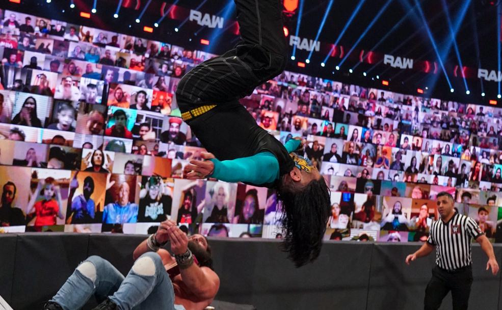 Jeff Hardy pode ter saído do script em salto sobre Elias no último RAW