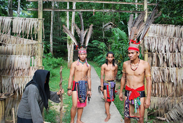 Mari Mari Cultural Village KK