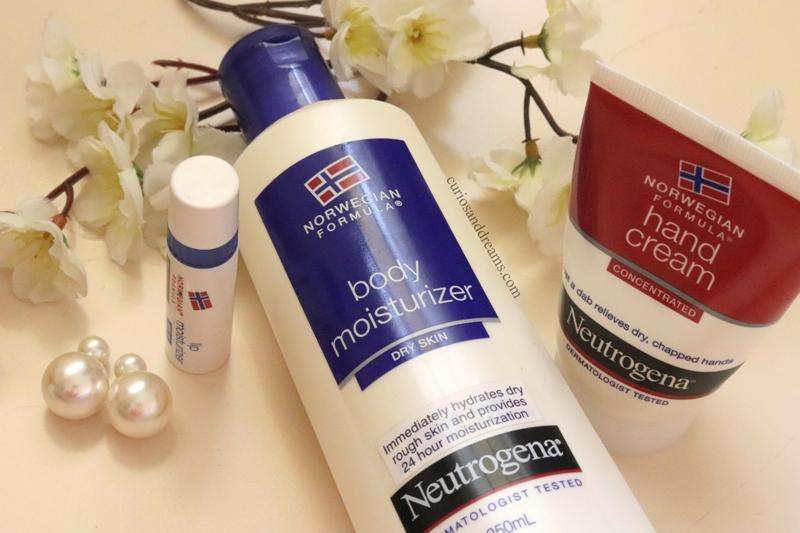 Neutrogena Lip Balm review, Neutrogena Body lotion review, Neutrogena best products, Neutrogena must have products