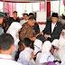 Jokowi Akan Cabut Kartu KIP Dan KKS Bila Disalah Belikan