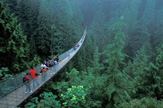 jembatan ekstrim (Capilano Suspension Bridge)