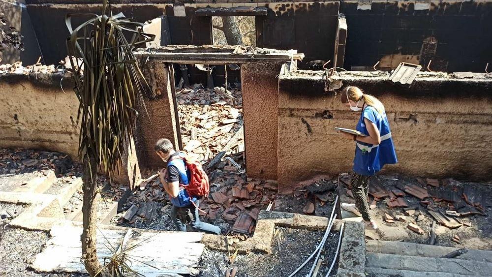 Συνεχίζονται οι εντατικοί έλεγχοι κτιρίων στις πυρόπληκτες περιοχές
