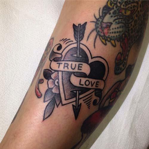 kara kalp dövmesi true love black heart tattoo