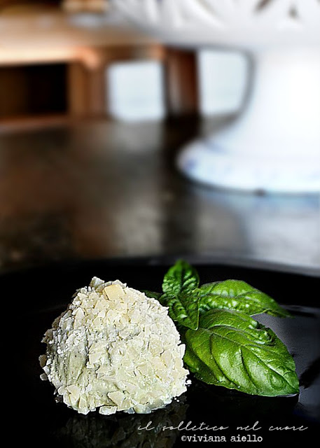 gelato-basilico-pinoli-parmigiano-reggiano
