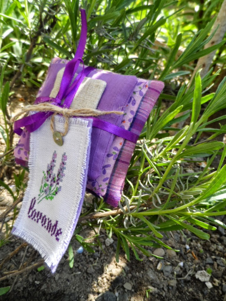 схема вышивка лаванды для саше
