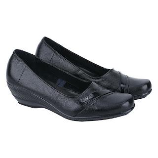 Sepatu Pantofel Wanita Catenzo US 036