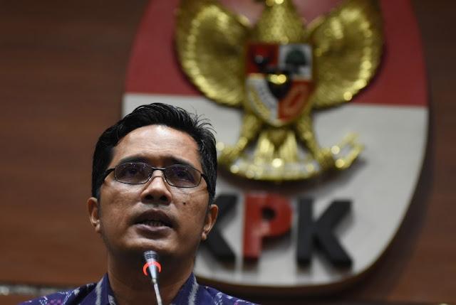 KPK Tahan Dua Anggota DPRD Sumut Penerima Suap dari Gatot
