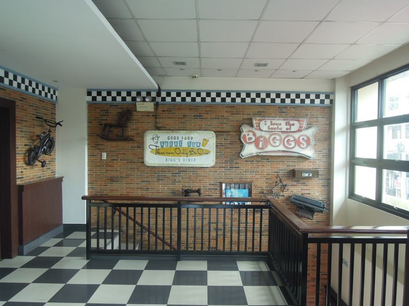 The interiors of Bigg's Diner in Legazpi City, Albay