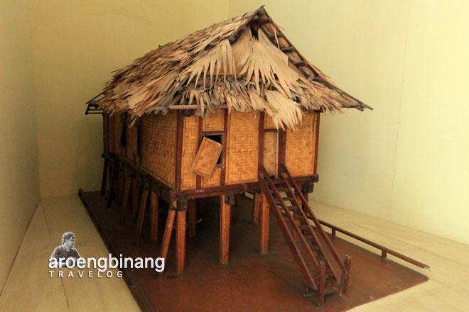 belle gorontalo museum negeri provinsi sulawesi utara manado