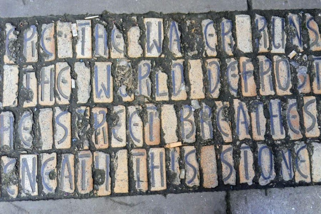 Things to do in Manchester UK - sidewalk poetry