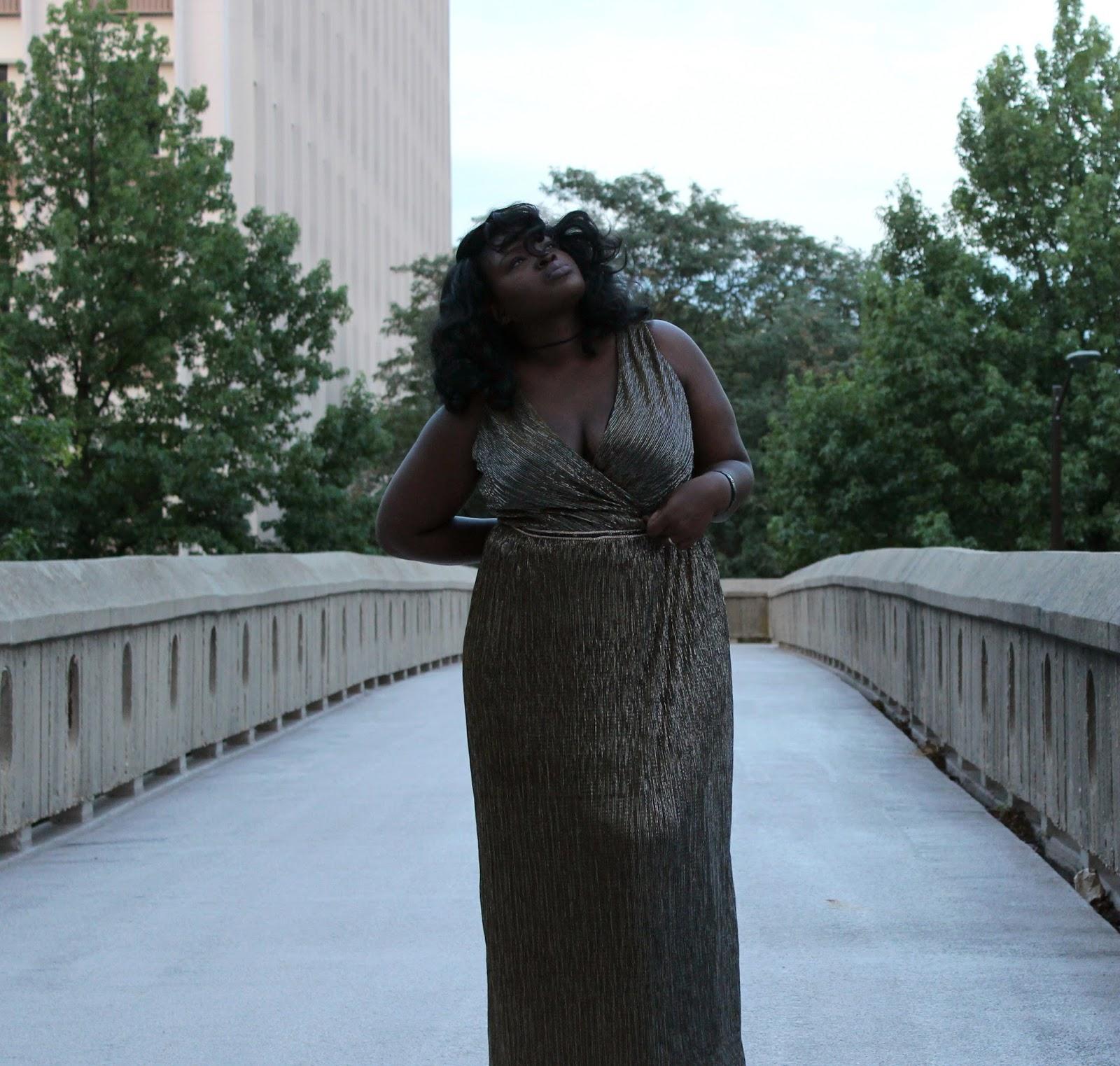 maggy london times curve Goddess Dress