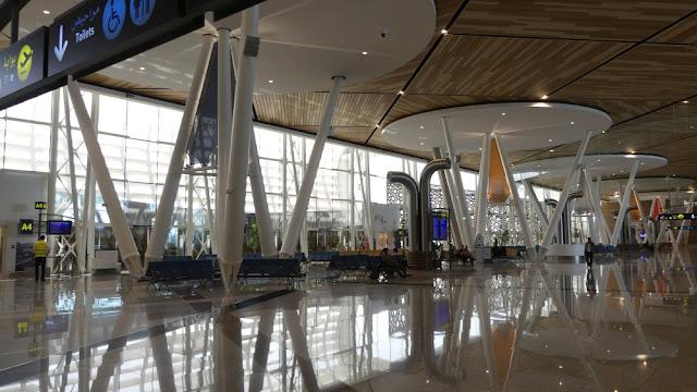 Flughafen Marrakesch-Menara - Wartebereich vor den Gates
