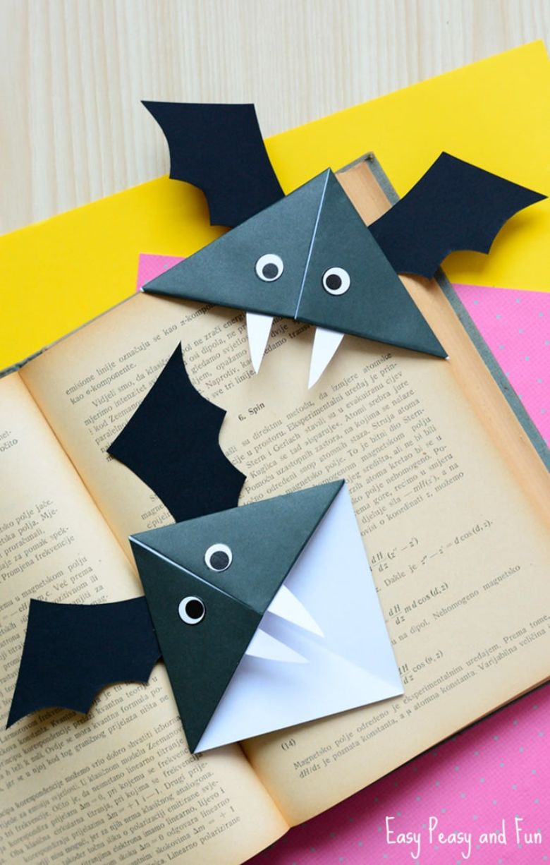 bat corner bookmark halloween craft for kids