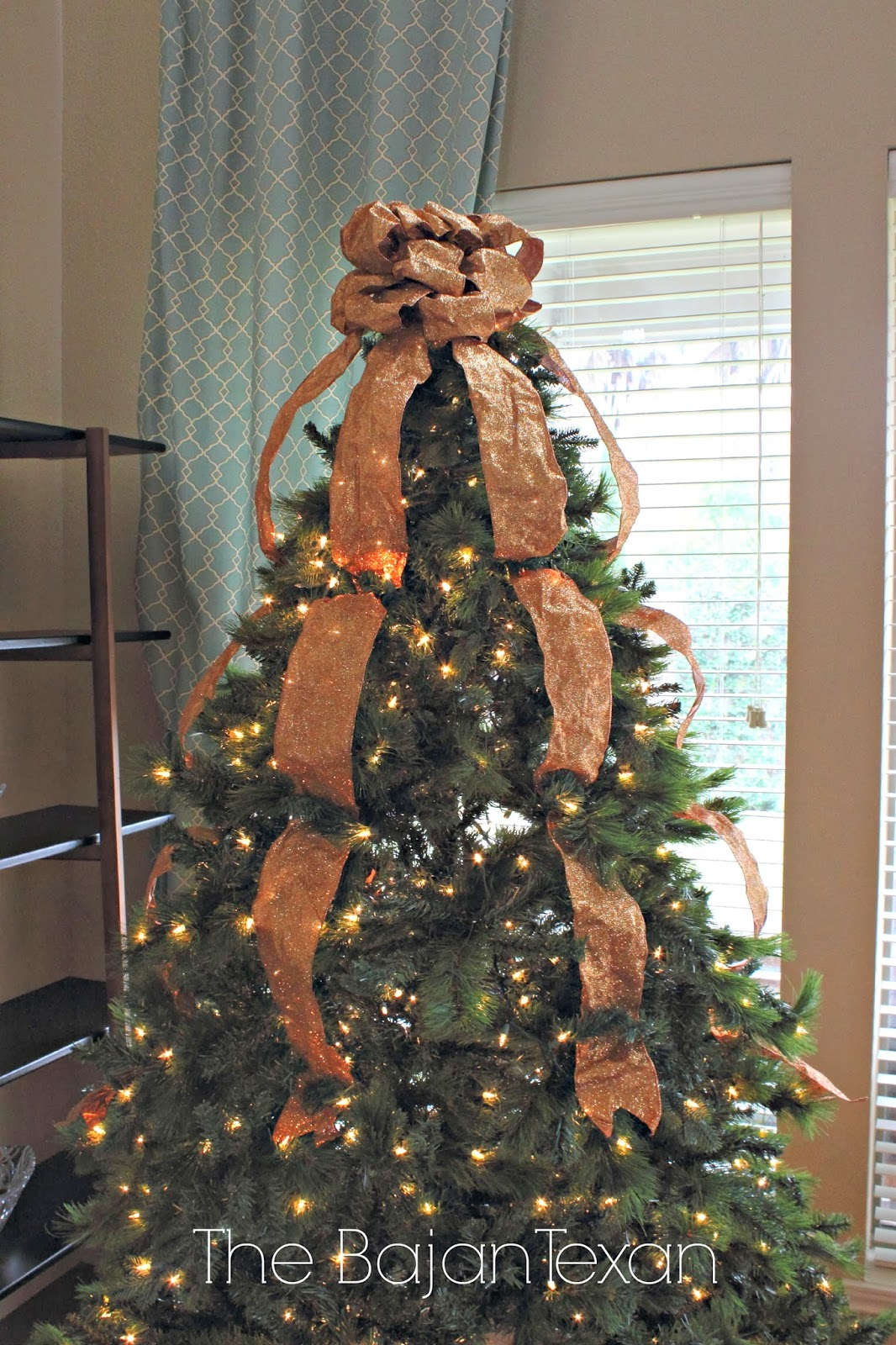 Christmas Tree With Mesh Ribbon Images.How To Decorate A Christmas Tree Holiday Series 5 The