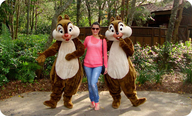 Disney´s Animal Kingdom Camp Minnie Mickey Greetings Trails Campo Minnie e Mickey fotos com Tico e Teco