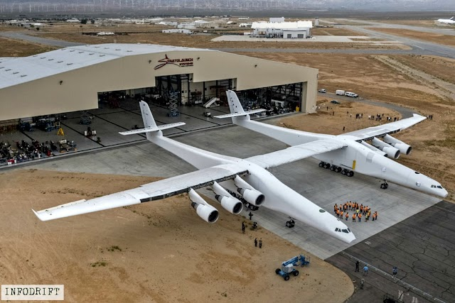 """Largest aircraft """"ROC"""": world's largest aircraft weighting almost half million pounds, take's off in California... [know it's features]"""