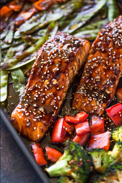 SHEET PAN TERIYAKI SALMON & VEGGIES