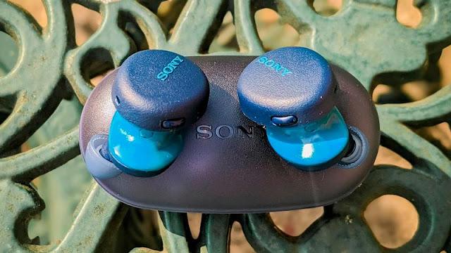 8. Sony WF-XB700