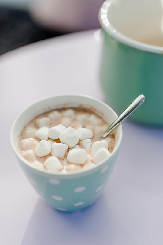 Heiße Schokolade mit Marshmallows, Pomponetti, Seelentrost