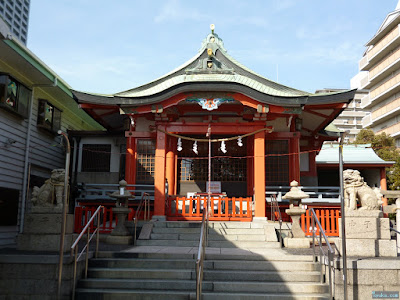 鶴見神社拝殿