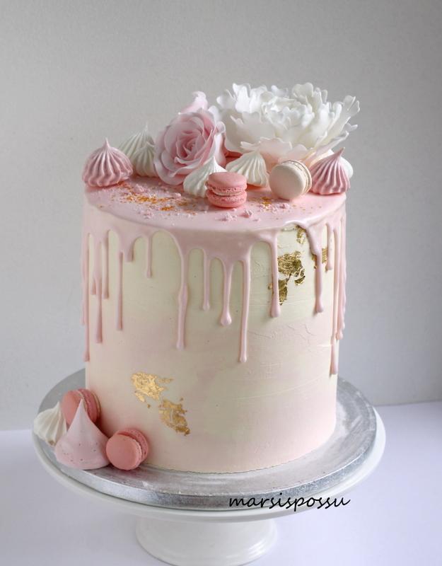 kakku valmistujaisjuhliin