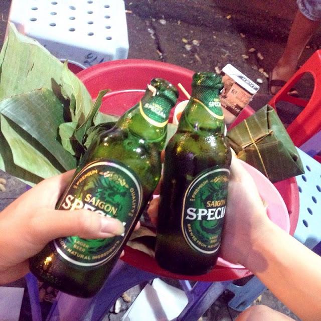 Top 8 junk food streets in Hanoi 7
