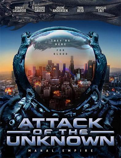 pelicula Ataque de lo desconocido (2020)