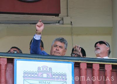 palco juez plaza acho presidente