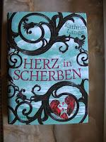 http://steffis-und-heikes-lesezauber.blogspot.de/2015/05/rezension-herz-in-scherben-kathrin-lange.html