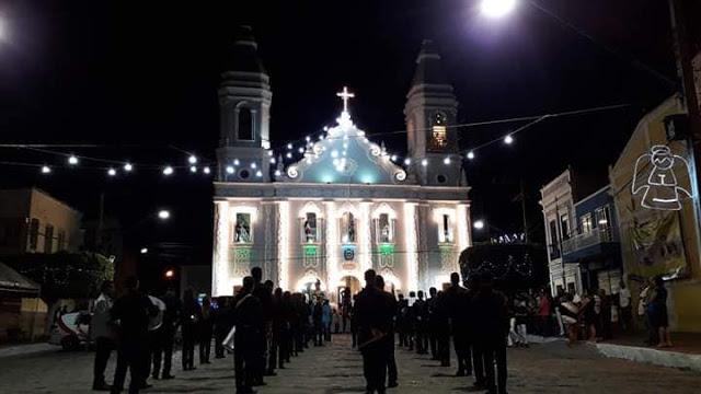 Em Água Branca/AL, Festa de Nossa Senhora da Conceição encerra-se neste domingo, 08,  confira a programação