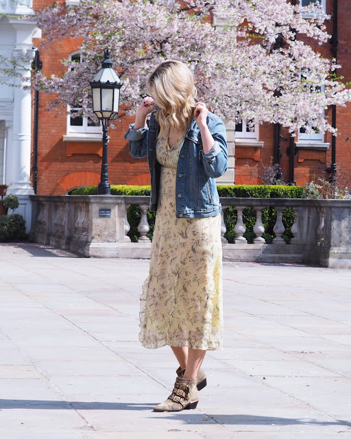 topshop, topshop rodeo dress, Chloe Susanna boots, London street style, German blogger, summer dress, ruffled floral dress