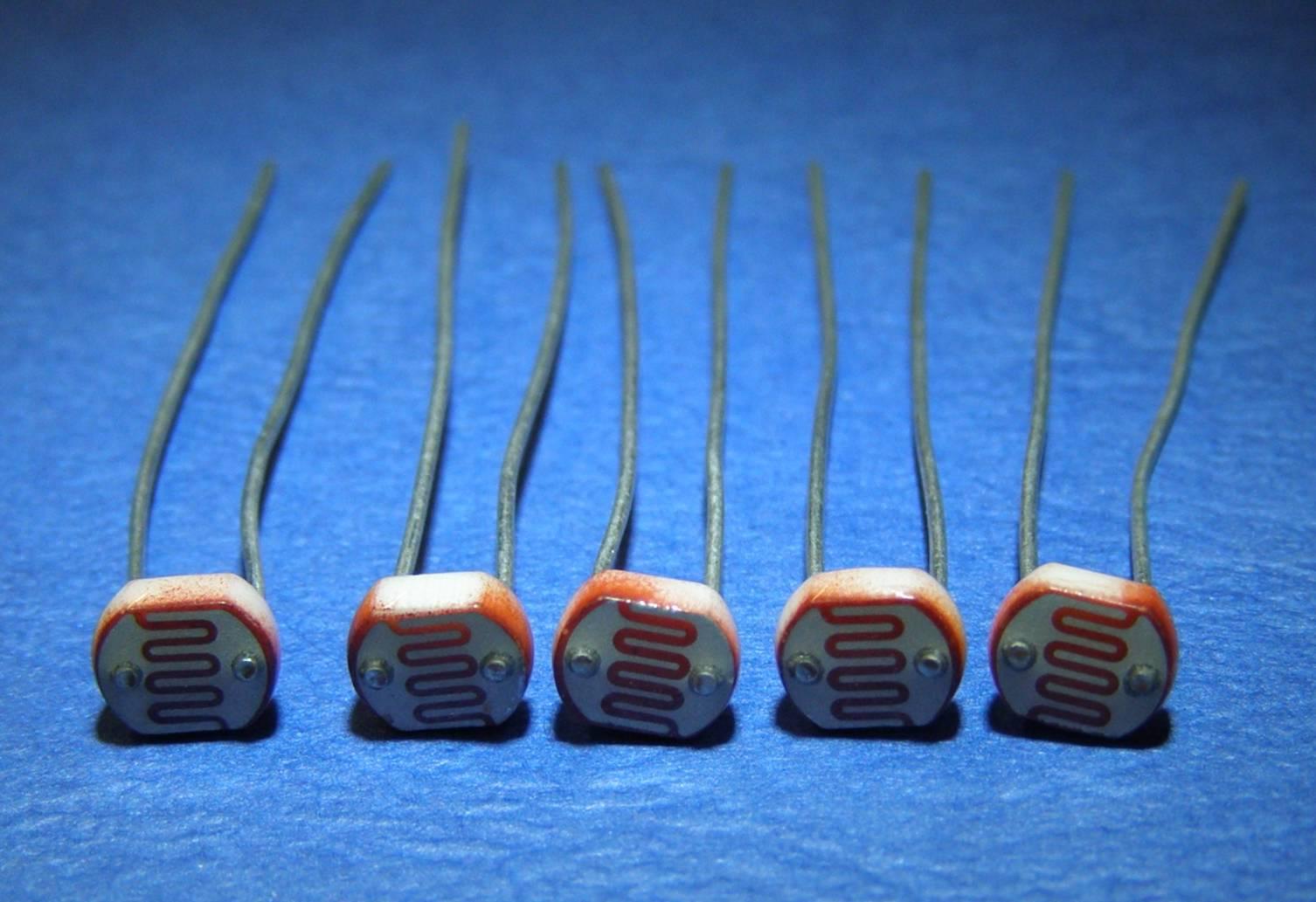 стоит термисторы и фоторезисторы картинки подписи