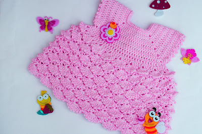 5 - Crochet Imagenes Vestido con abanicos a relieve por Majovel Crochet
