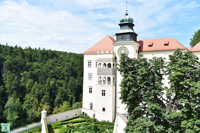 Castillo Pieskowa Sakala en el Parque Nacional de Ojców