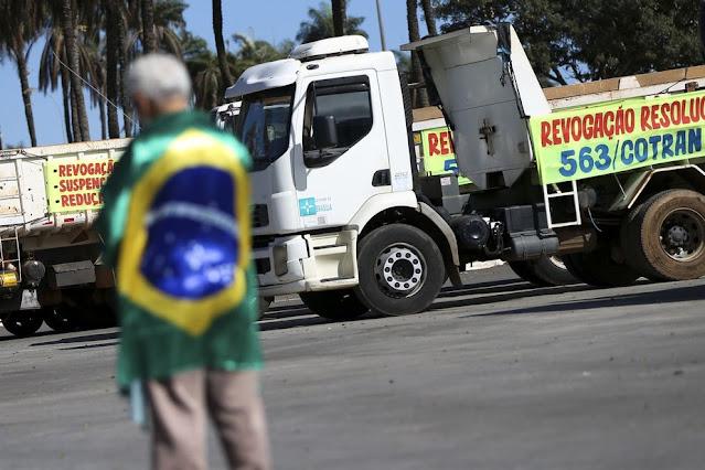Conselho confirma greve de caminhoneiros para 1º de fevereiro