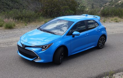 2019 Toyota Corolla Expert Reviews, Specs and Photos
