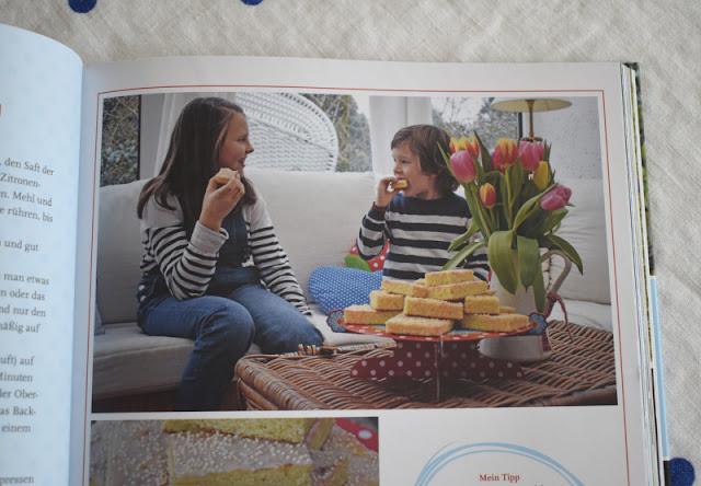 """""""Feste feiern mit Kindern"""": Tipps zum Vorbereiten und Genießen von Familien-Festen von Tanja Berlin. Das Buch ist super für Familien mit Kindern und hilft beim fröhlichen Feiern!"""