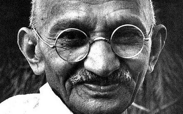 Mahatma Gandhi: Saya Tidak Harus Menjadi Orang Kristen Tetapi Saya Melaksanakan Ajaran dan Perkataan Yesus