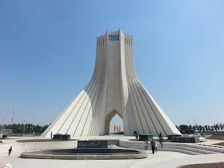 İran'da yaşam, iran geceleri,iranda hayat,iranda hayat nasıl,iranda nasıl yaşanır,irana nasıl seyahat edilir,irana gitme yolları