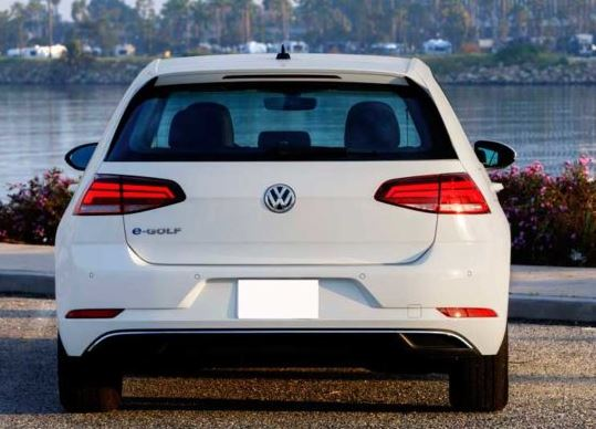 volkswagen e-golf dsg 2019 rear view
