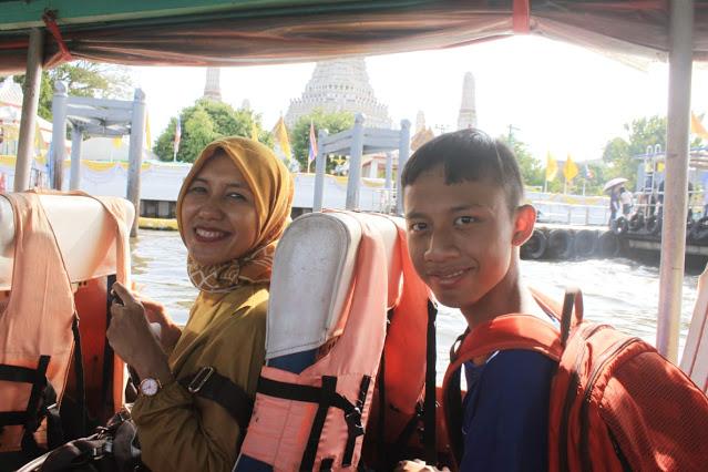 Wisata Sungai Chaophraya
