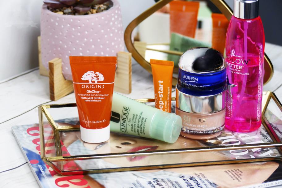 Leichte Produkte für Hautpflege im Sommer
