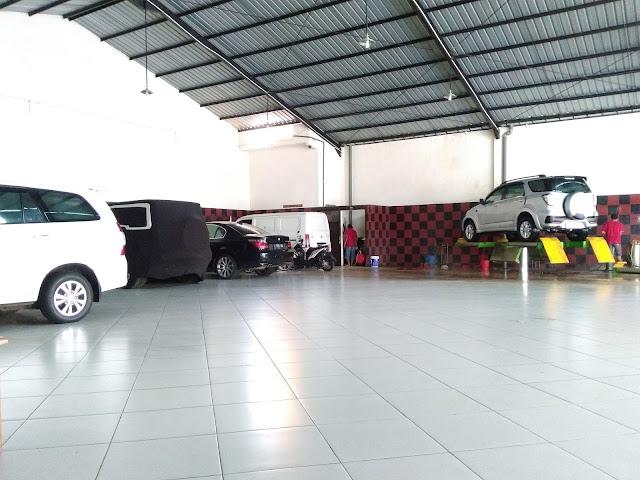 Tempat Cuci Mobil Auto Master