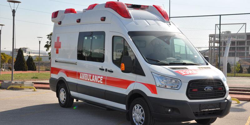 Xe ô tô Ford Transit cứu thương nhập khẩu 2019