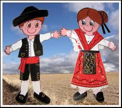 """40c01b5271a9b Los trajes típicos de Castilla y León tiene unos elementos comunes (en cada  provincia sufren varios modificaciones) y que provienen de la """"mugre""""."""