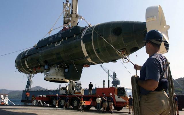 US Navy prueba sistema de rescate para submarinos en el SS-21 Simpson Chile